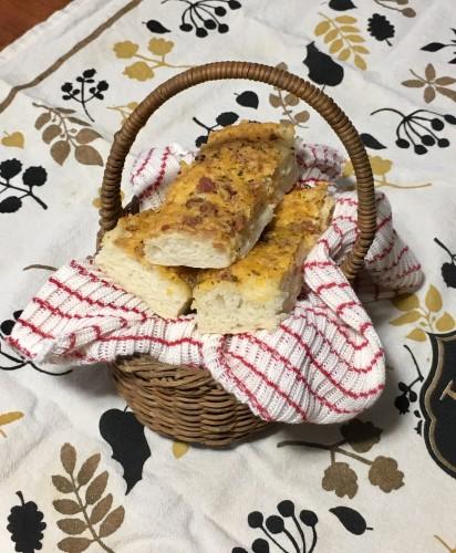 Mom's Homemade Bread Sticks